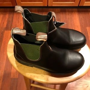 NWT Blundstone boots